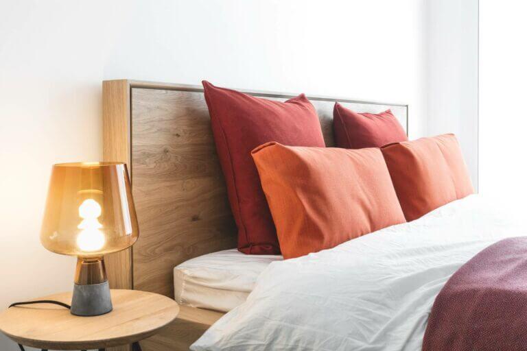 Bed - Slapen - bed in hout